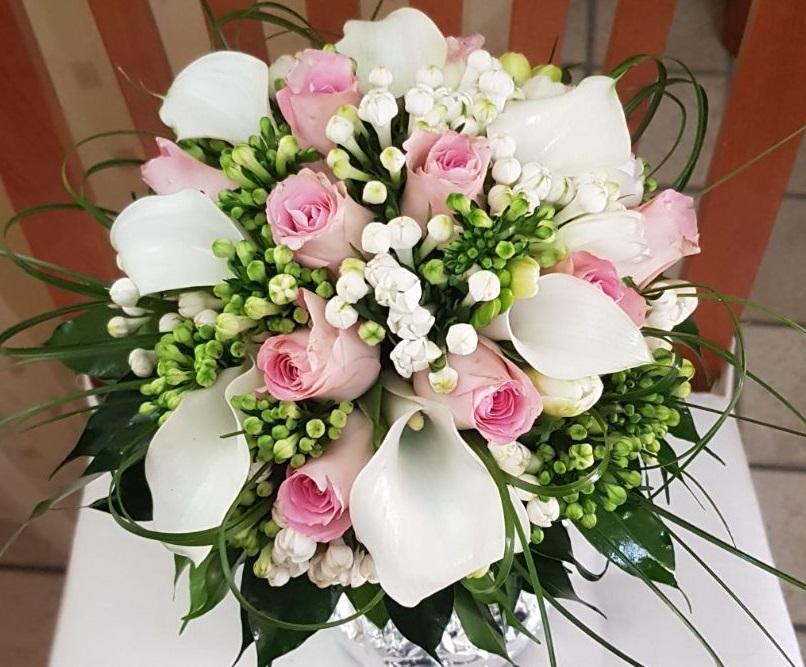 Bouquet Sposa Fiori.Bouquet Da Sposa Quali Fiori Scegliere