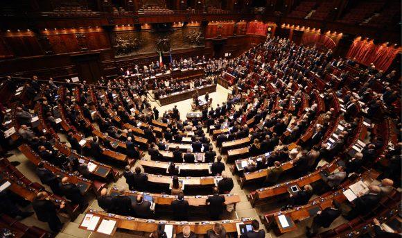 80 euro in busta paga e quota 100 rimangono, il reddito di cittadinanza con modifiche