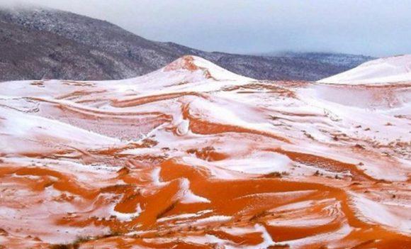Deserto del Sahara coperto di neve: una magia durata poche ore
