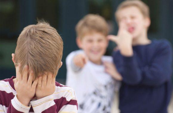 Bullismo a scuola: cosa possono fare i genitori e quali sono i doveri della scuola?