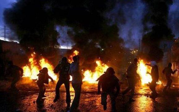 Striscia di Gaza: fallito un attacco, illeso il capo del governo.