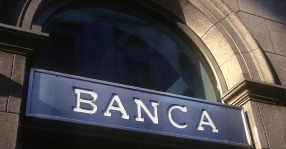 Banca popolare di Bari: l'aiuto del governo e il sangue freddo dei clienti