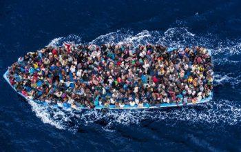 Migrante muore toccando terra