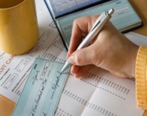 Stop alle false buste paga, da luglio addio stipendi in contanti. Sanzioni da mille a 5 mila euro