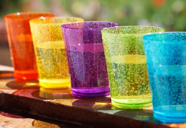 Bicchieri in vetro prodotti in italia tossici per la for Bicchieri colorati