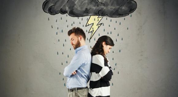 Divorzio, l'assegno di mantenimento in base a nuovi criteri. Chi convive perde il diritto