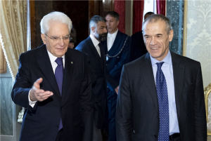Governo esecutivo Mattarella conferisce l'incarico a Cottarellli