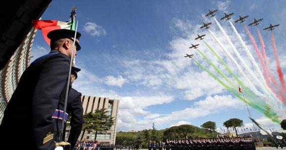 Concorso Aeronautica Militare 2018 per 40 Allievi Ufficiali Piloti, requisiti, scadenza e domanda