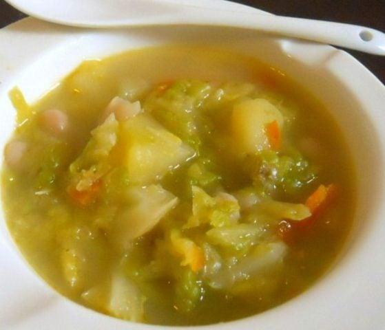 Dieta con la zuppa di verza, addio chili di troppo