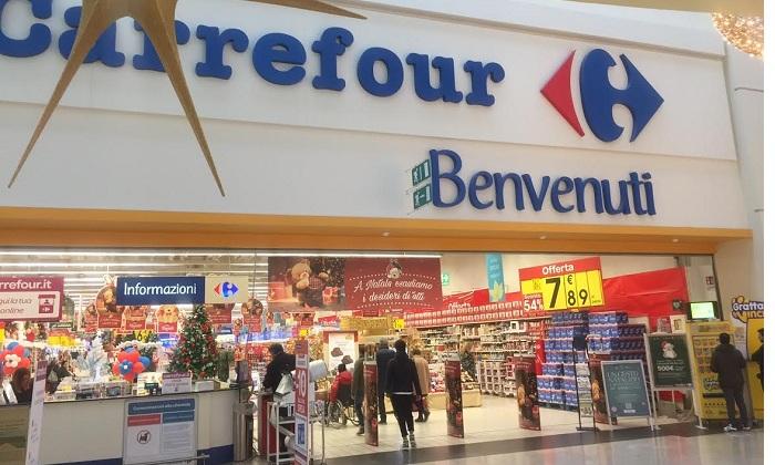 Carrefour notizieora for Centro commerciale campania negozi arredamento