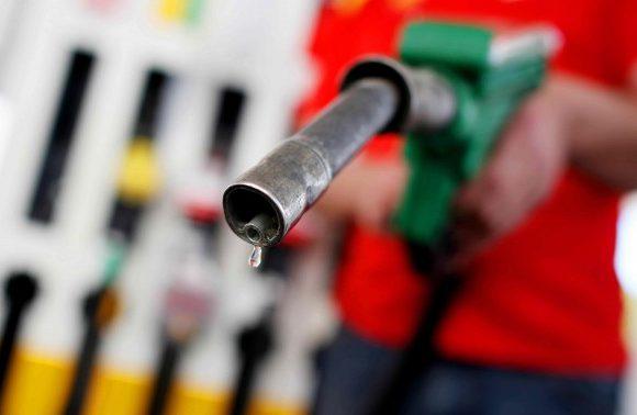 Aumentano i prezzi della benzina e diesel