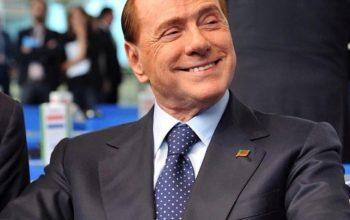 Berlusconi riabilitato. Il Cavaliere ritorna in pista