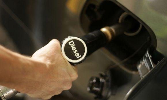 Bonus diesel: benzina e gasolio costeranno lo stesso prezzo? Tutte le novità