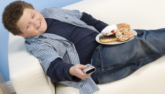 L'Italia seconda in Europa per quanto riguarda l'obesità infantile, ecco cosa sta succedendo