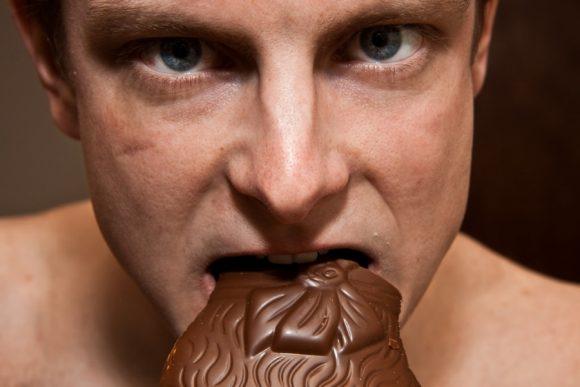 Falsi miti sulla salute da sfatare: scottature, birra, mestruazioni, tv, cioccolato… vediamoci chiaro