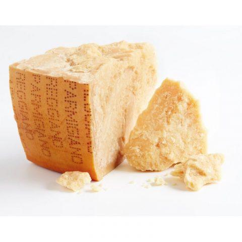 Formaggio parmigiano grattugiato, contraffatto e contaminato, lotti e marca