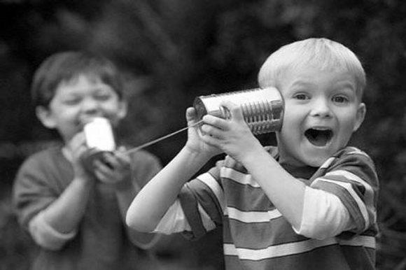 Bonus telefonico per famiglie, sconto 50% più 30 minuti di telefonate gratis, ecco come aderire