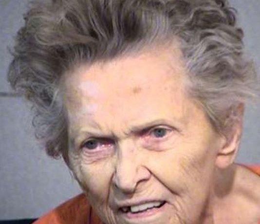 anziana madre uccide il figlio
