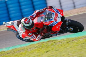 99-jorge-lorenzo-esp11465_test2018_action.gallery_full_top_md