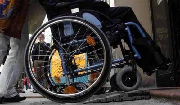 Disabilità: minore con legge 104, viene risarcito per mancanza del trasporto scolastico (sentenza esemplare)