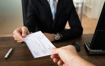 Assegno di invalidità al 75%: come ottenere l'assegno anche se si lavora?