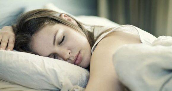 dormire più di 8 ore, cosa succede?