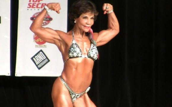 Bodybuilder a 71 anni: la storia di Josefina Monasterio