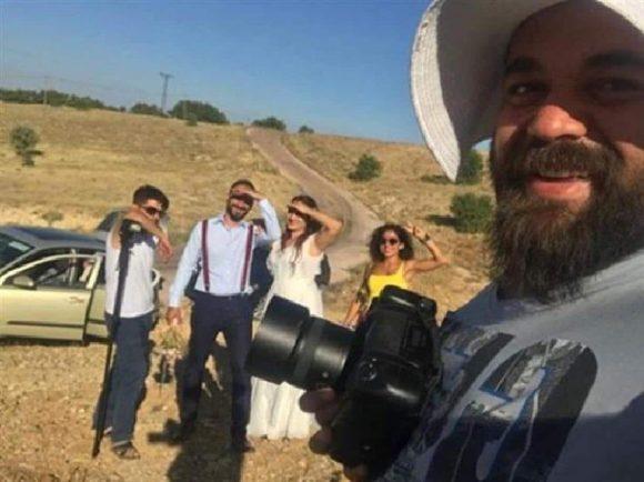 Turchia, la storia della sposa minorenne ed il fotografo coraggioso