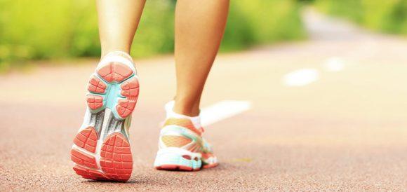 Dimagrisci e proteggi il cuore: camminata e dieta con i pistacchi