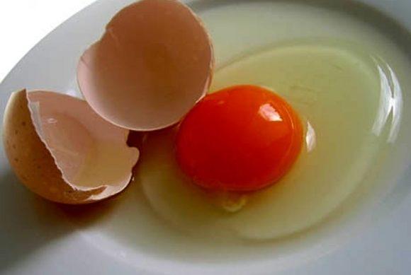 Uova e colesterolo: il loro effetto e quante se ne possono mangiare