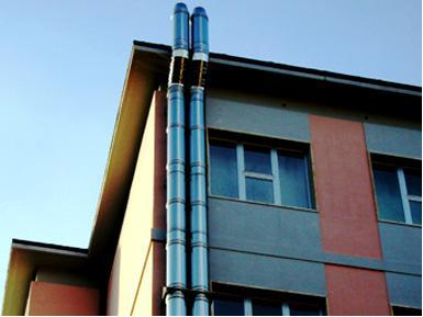 Condomini e vicinato, cosa accade se arrivano i fumi del vicino?
