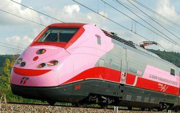 Ottobre rosa: Frecciarossa promuove la prevenzione in treno
