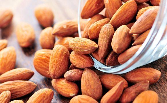 Mandorle: ecco i benefici che questi semi hanno sul nostro corpo