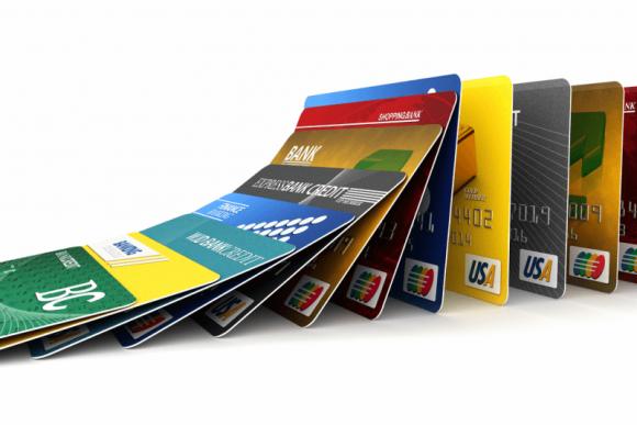 Carte revolving, interessi e rischi nascosti di questo metodo di pagamento
