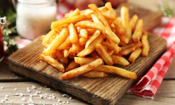 Mangiare le patate fritte surgelate: cosa ne pensa la medicina