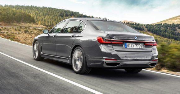 BMW starebbe preparando tre versioni completamente elettriche della nuova serie 7