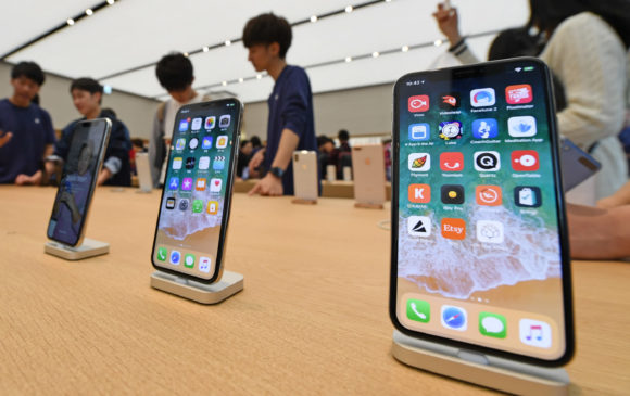 "Apple ""brucia"" $420 miliardi in 3 mesi, preoccupa l'iPhone in Cina"