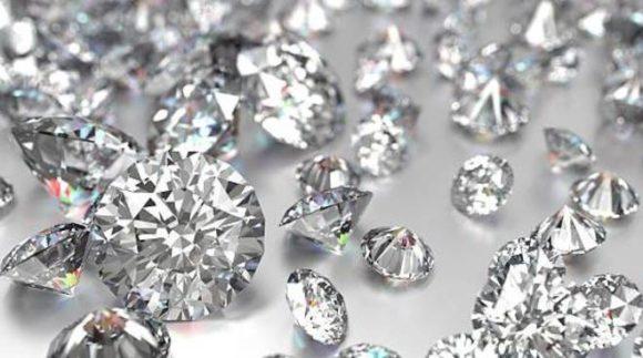 Investire in diamanti non è una strategia di breve termine e non c'entra con l'oro