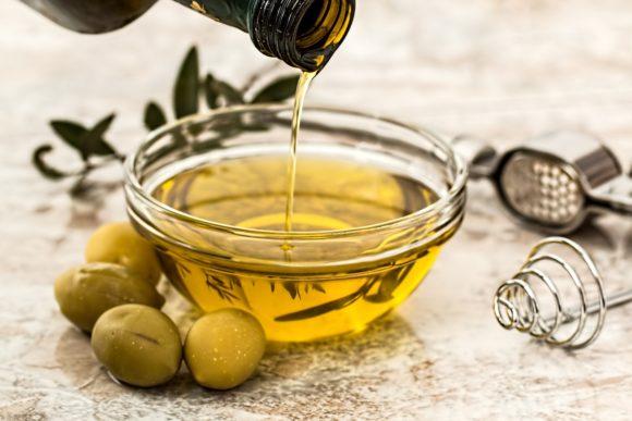 Olio di oliva extravergine in Italia: le migliori marche, la classifica