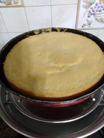 Dolci: il Pan di Spagna vero è senza lievito, ecco la ricetta