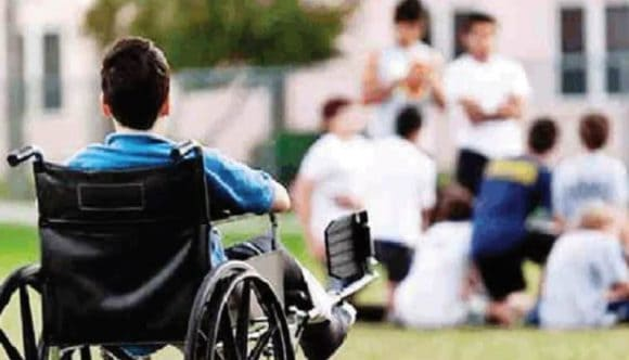 """Cambia la scuola per i ragazzi disabili: """"inclusione scolastica"""" con ore di sostegno in base alle necessità"""