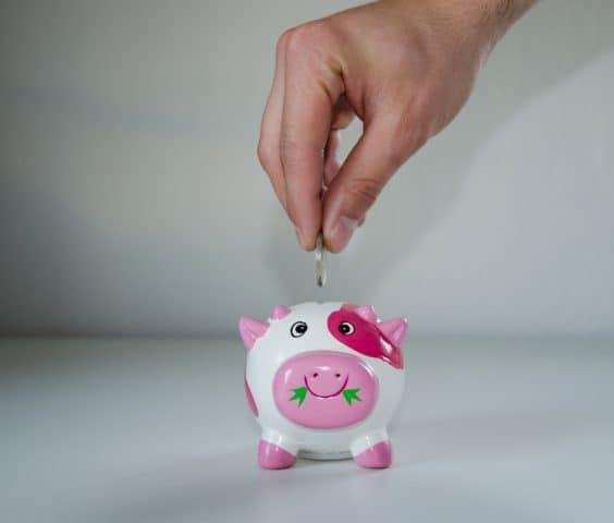 Risparmi: 3 soluzioni per investire sul futuro dei figli. Ecco le alternative
