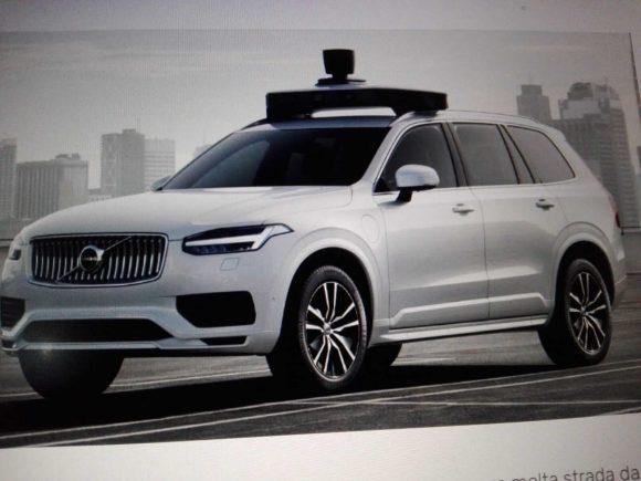 Volvo XC90, realizzato con Uber
