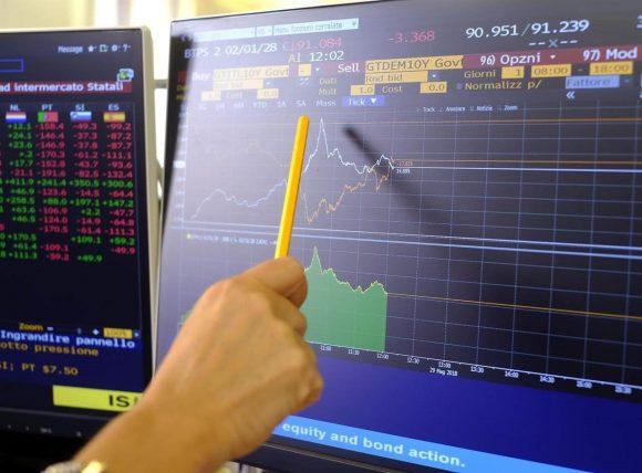 Btp e altri titoli di Stato, cosa succede con il crollo della Borsa?