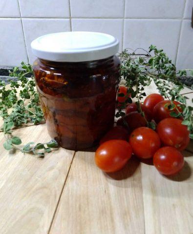 Ricetta pomodorini confit sott'olio