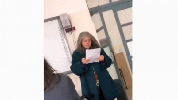 Video della docente umiliata dalla classe, la polizia statale indaga