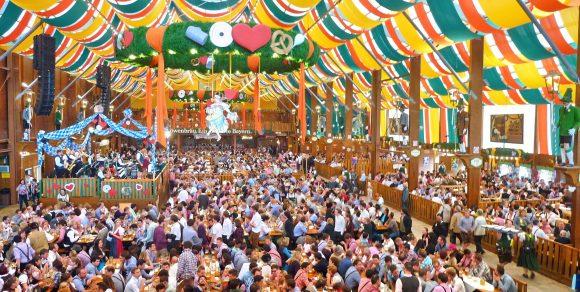 Oktoberfest 2019: una giornata di festa a Monaco costa 40 euro