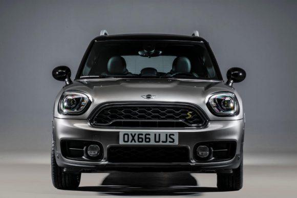 BMW ritarda la Mini di prossima generazione