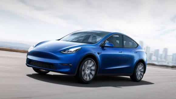 Tesla non produrrà la versione più economica di Model Y