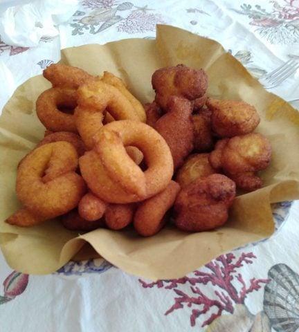 Ciambelline  e zeppoline di zucca, ricetta semplice e sfiziosa